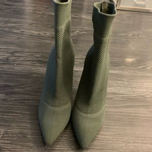 Aldo olive green knit booties